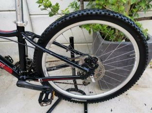 26ER SMALL GIANT LADIES MTB_HYDRAULIC DISK BRAKES_DOUBLE WALL RIMS_LOCKOUT FORK_READY TO RIDE