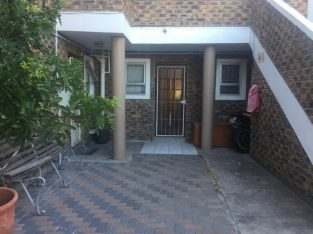 2 bedroom Apartment for sale In Tableview