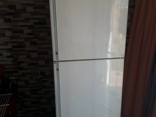 Fridge for sale, large kIC fridge freezer