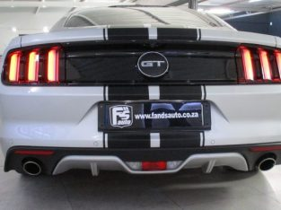 Ford Mustang Fast back 5.0 GT 2018
