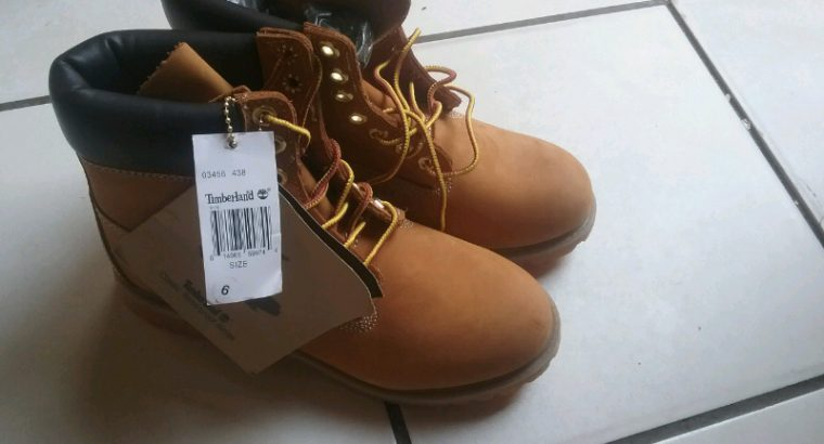 Timberland shoes brand new size 6